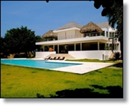 luxury oceanfront villa for sale in Sosua with 4 bedrooms and sauna, close to beach