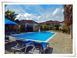 4 bungalow beach house for rent in Cabarete