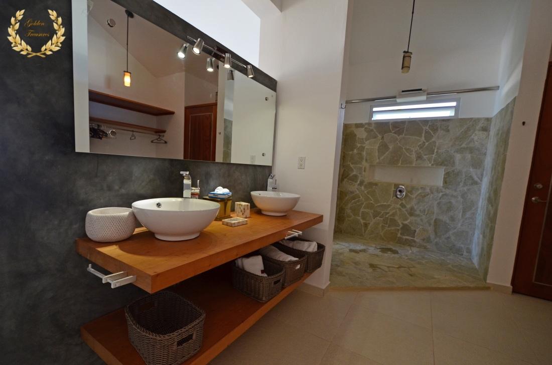 7 Bedroom Sosua Ocean Front Villa Rental