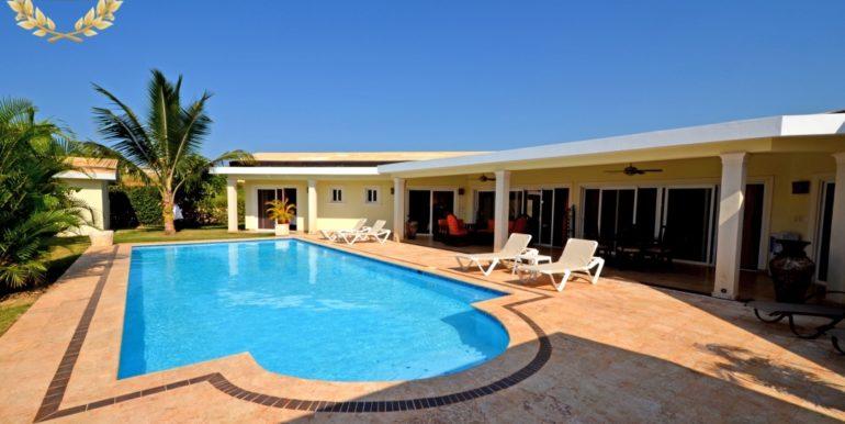 rental-villa-702-4