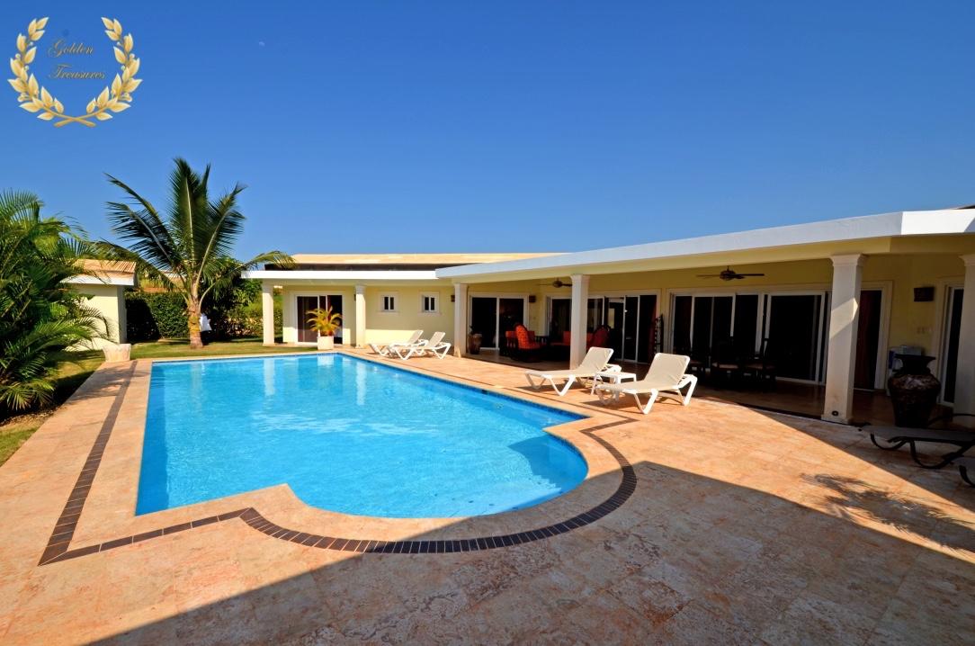 Gorgeous 3 Bedroom Rental Villa