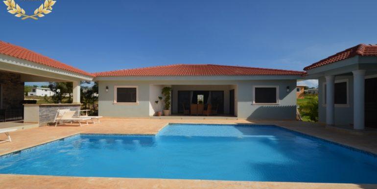 rental-villa-721b-1