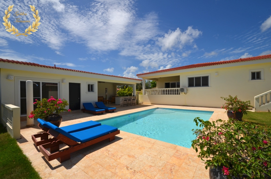 4 bedroom Caribbean Rental Villa