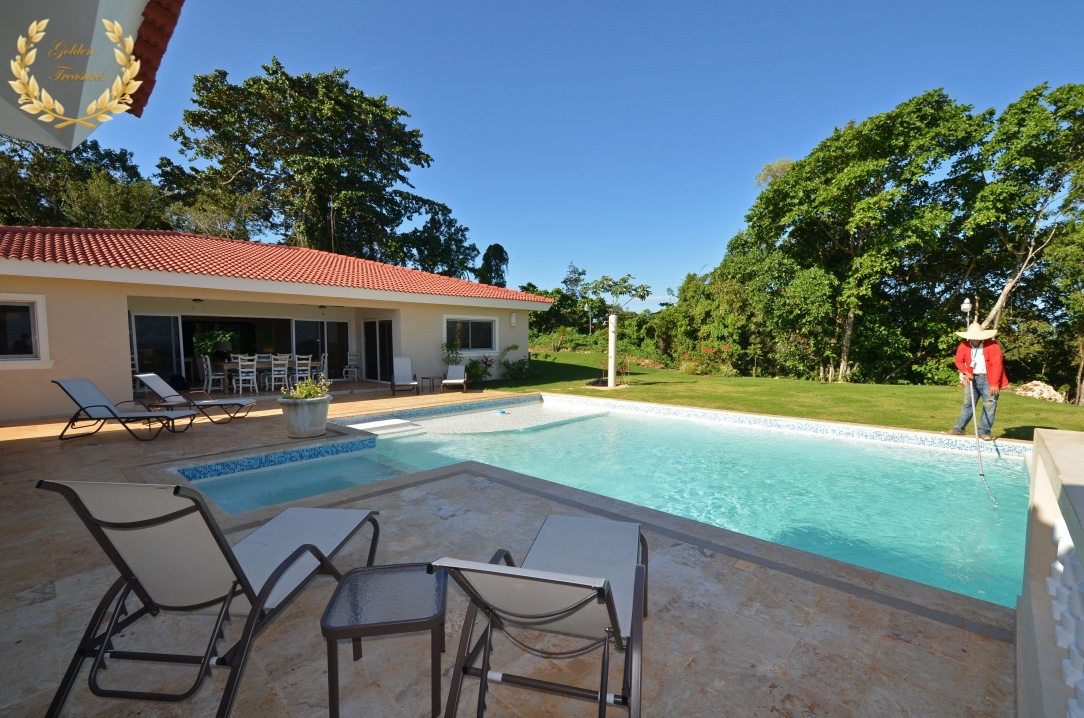5 Bedroom Villa Rental