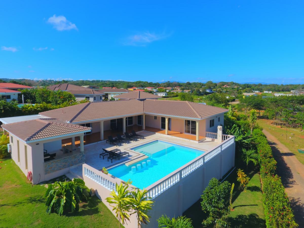 Private Spa Villa Rental