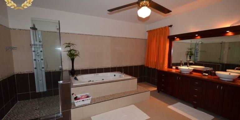 rental-villa-1145-8
