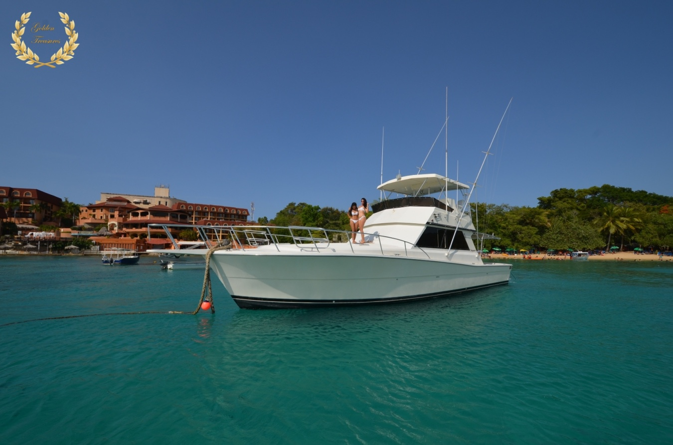 The 48` Viking is an excellent yacht to go fishing in the Atlantic.