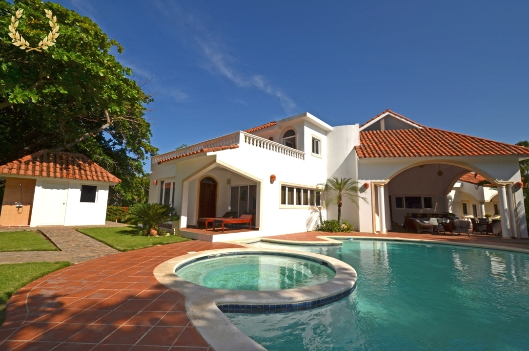 Beach Villa For Rent in Cabarete
