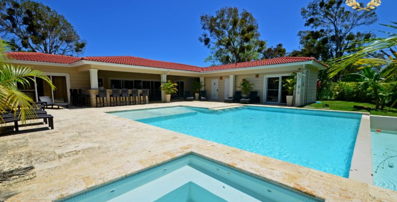5 Bedroom Rental Villa in Sosua – Gym and Spa Included