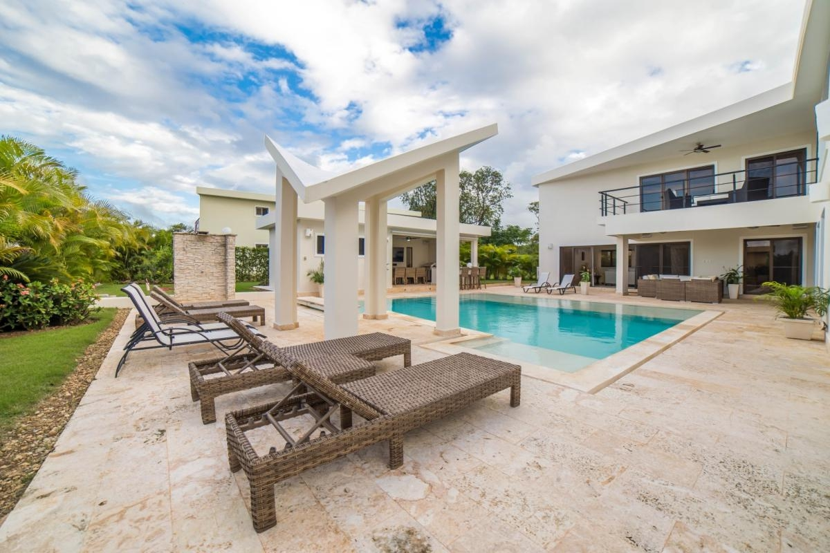 4 Bedroom 2 Floor Villa Rental in Sosua, Dom Rep