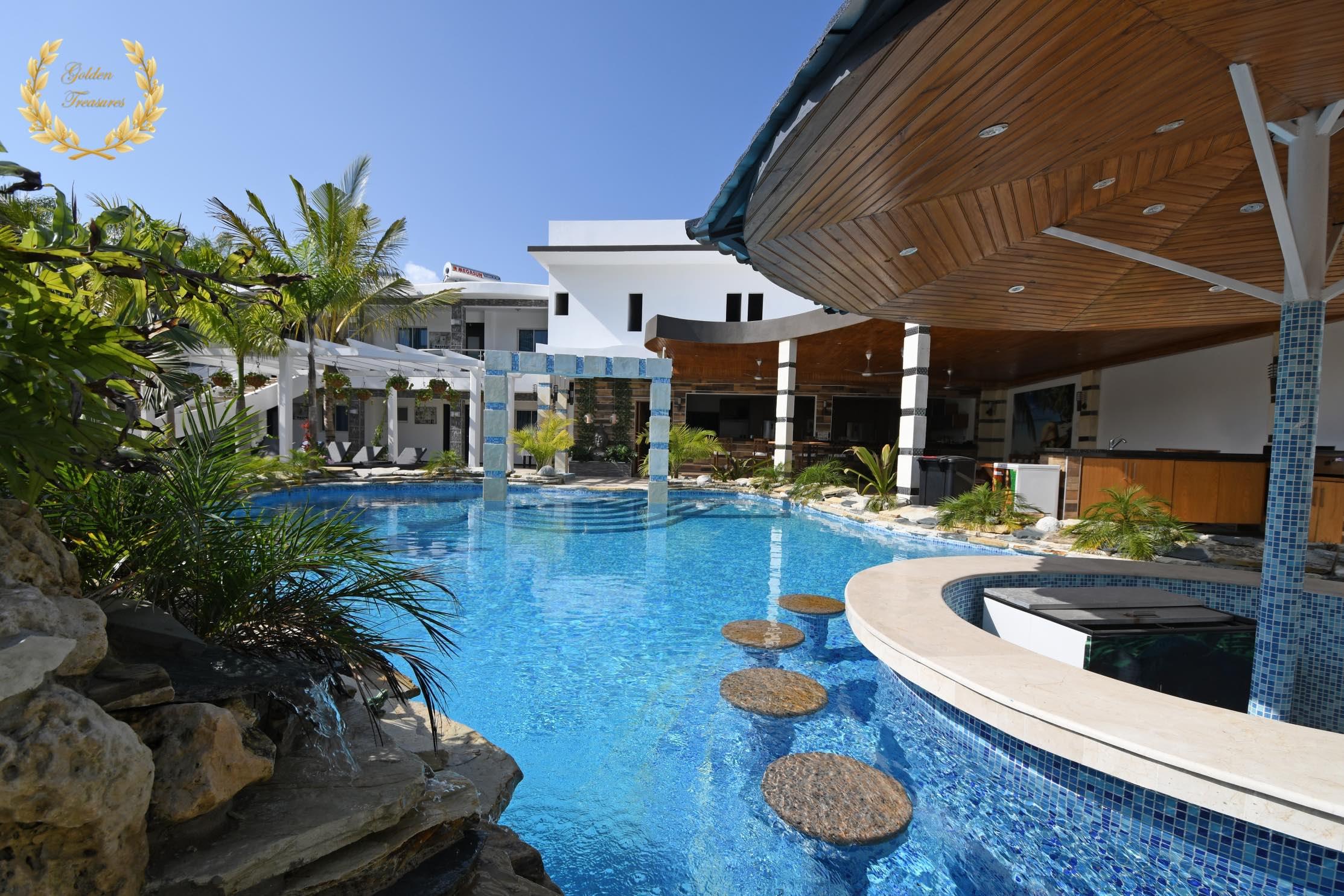 14 Bedroom Bachelor Party Villa in Sosua