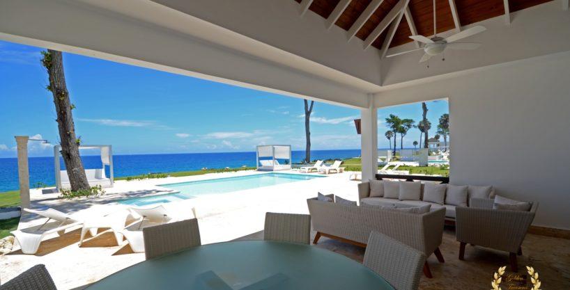 Luxury 3 Bedroom Oceanfront Villa in Sosua