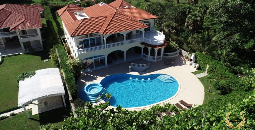 8-12 rooms Luxury Villa Rental in Sosua