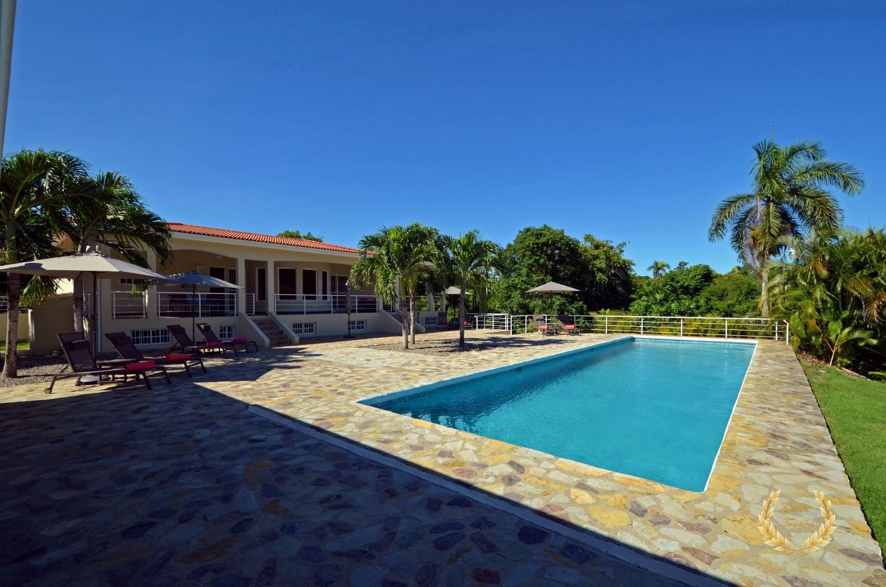 6 Bedroom Villa for Sale in Sosua, DR