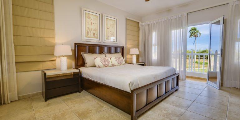 condo-bedroom