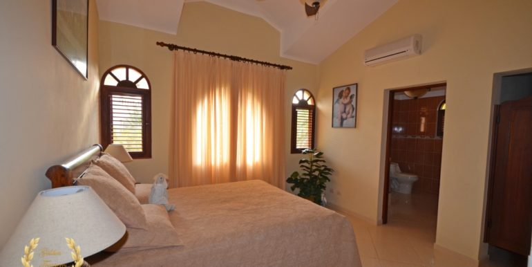 luxury-sosua-villa-4