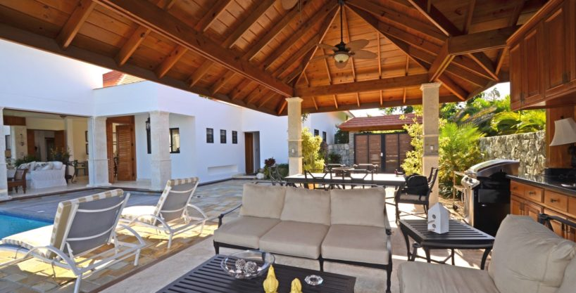 Luxury 4 Bedroom Villa For Sale
