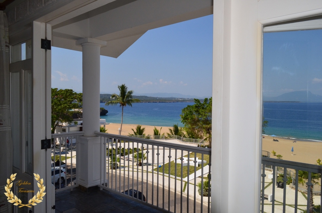 2 Bedroom Beach Penthouse For Sale