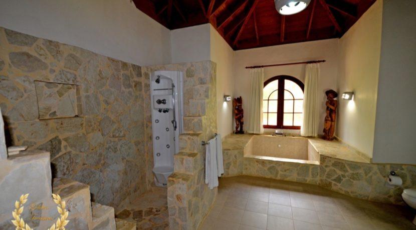 sosua-luxury-villa-11