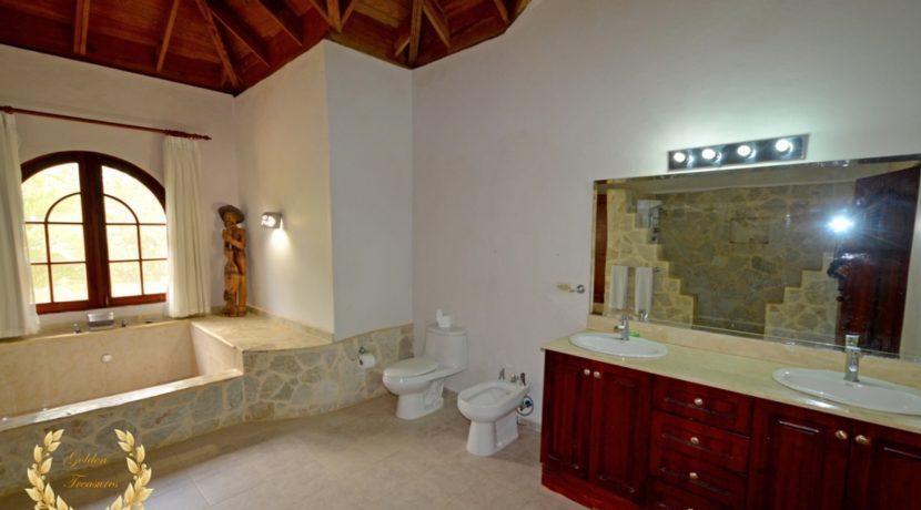 sosua-luxury-villa-12