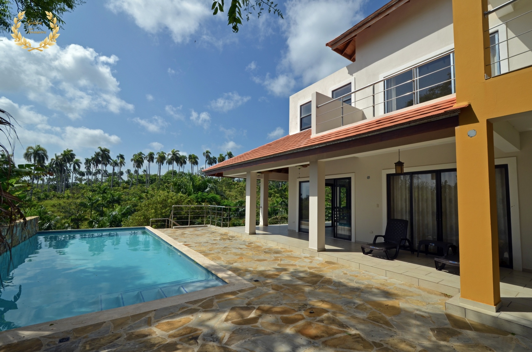4 bedroom Contemporary Villa For Sale
