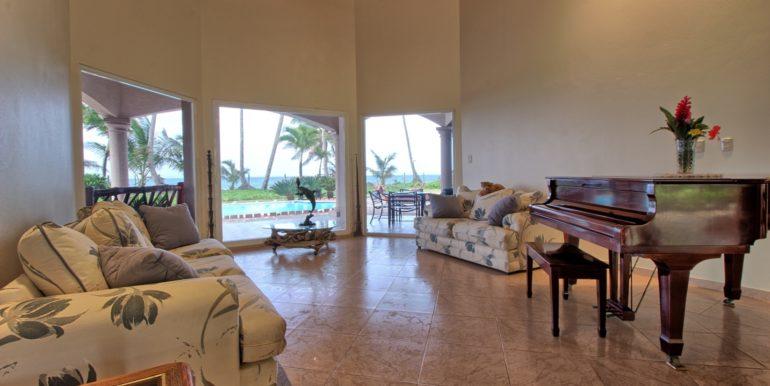 beachvilla121820