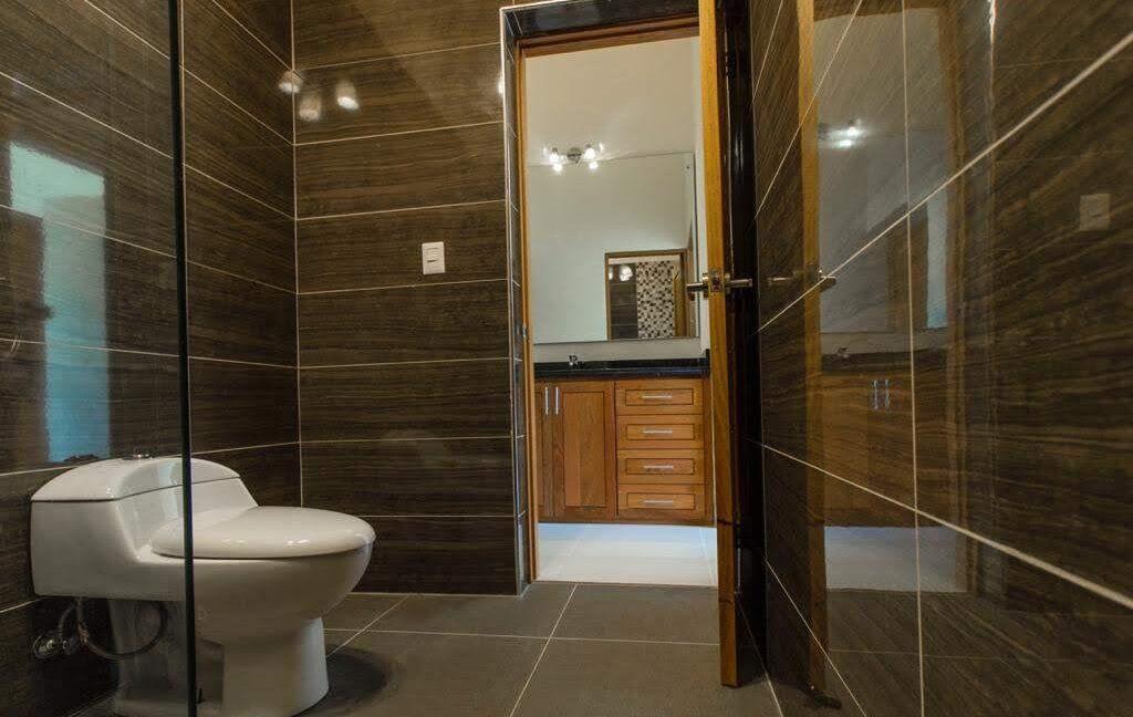 luxuryvilla250120