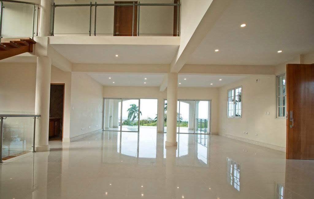 luxuryvilla250121